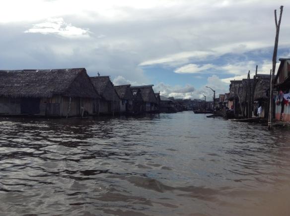 Floating Shantytown, Belén